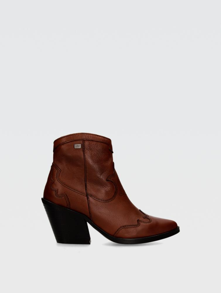 Brisa Ankle boots