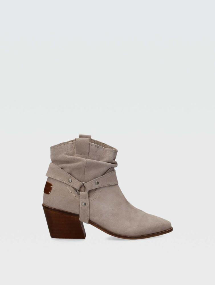 Camila ankle boots