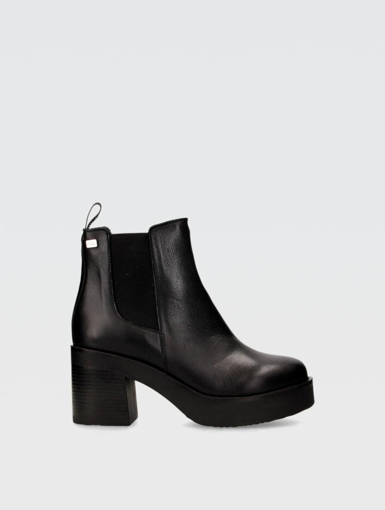 Karan Ankle boots