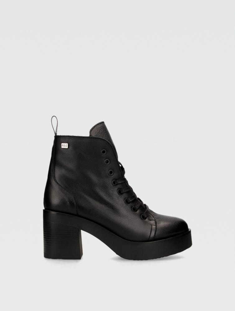 Kary Ankle boots