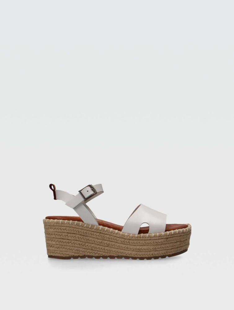 Cuca Sandals