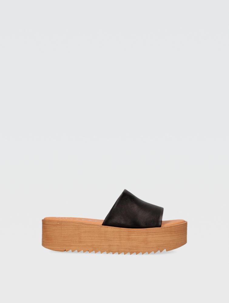Kendria Sandals